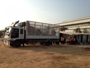 รถรับจ้างขนของสุพรรณบุรี